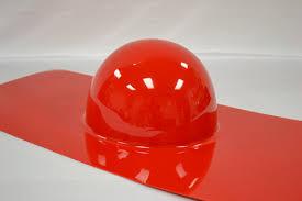 Termoformatura plastica rossa